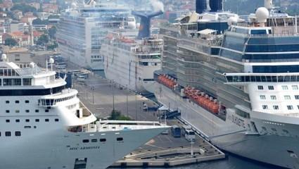 Dubrovnik cruise ships